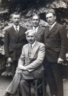 Lelkészek: Szécsey János (ül), Kovács Elemér, Dobos János, Zimre Gyula