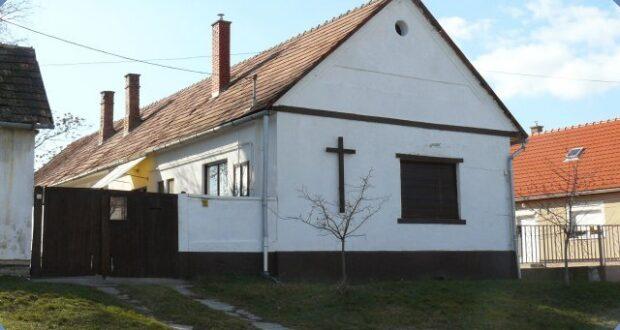 Szekszárd Körzet Györkönyi imaház kívülrõl