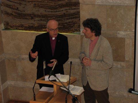 Patrick Streiff püspök igehirdetés közben